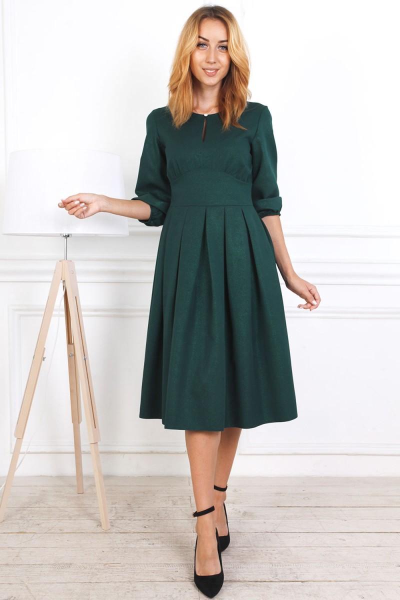 Осеннее платье 813-03 изумрудного цвета
